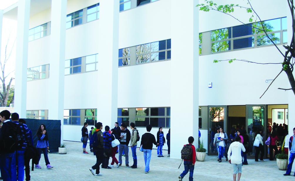 PSD propõe apoio para aquisição de material escolar e desportivo