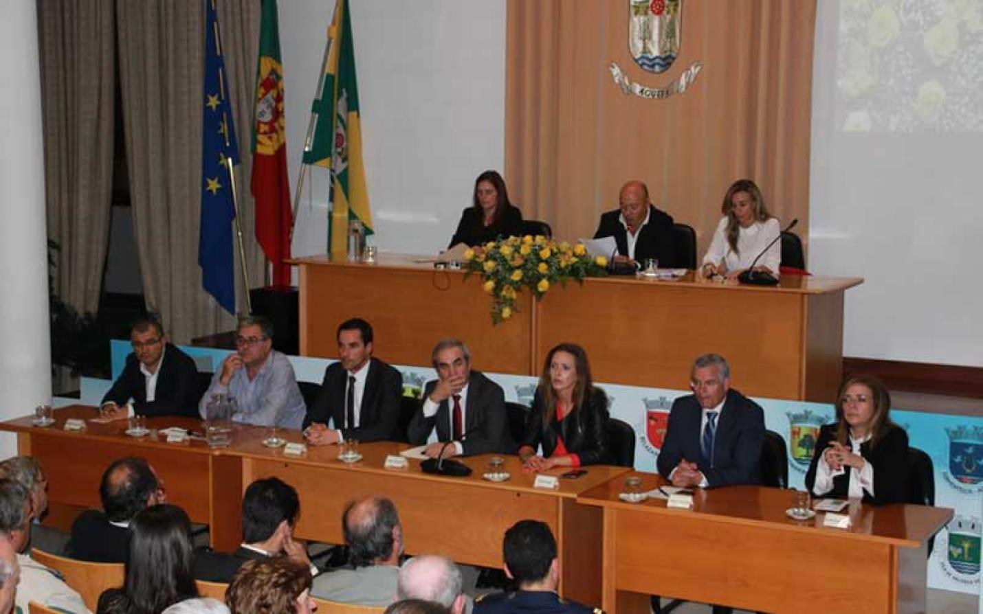 Liberdade de voto para os autarcas das Freguesias eleitos pelo PSD